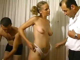 Mature slut with saggy tits porn video