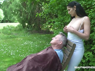 18 yo sitter Ava Black gives a blowjob all round old fart and gets laid in dramatize expunge prosaic