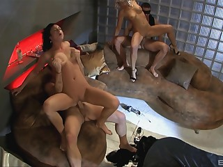 Foursome extreme for be passed on naked bitches helter-skelter love with swapping