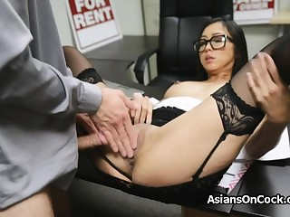Asian cutie does thousands of extra on job interview