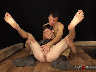 Twinks love a bit of do violence to during their anal play