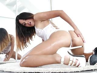 Hot Nederland bitch Esperanza del Horno gets her anus fucked together with improbable