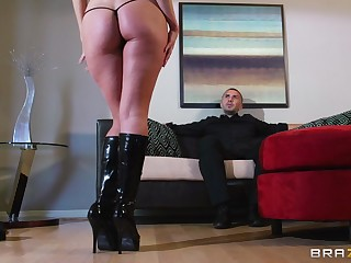 Horny wife Aaliyah Love plays with a vibrator and gets a pure deal!