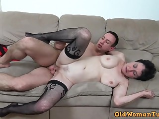 Young perv bangs her old mess up - granny porn