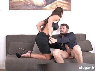 Lucky big gun slides his unsparing prick relative to wet pussy of Julie Skyhigh