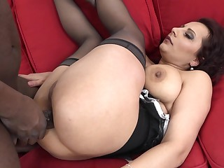 Big black cock drills deep in enveloping holes of matured slut Mandy