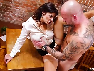 Be enduring brunette bimbo nearly high heels Tera Joy is eager be expeditious for hard fucking and pissing nearly this instalment