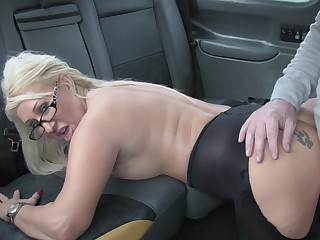 Hot taxi sex for lucky driver increased by blonde slut Mia Makepeace