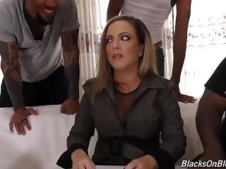 Impudent blonde milf, Carmen Valentina was sucking two huge meat sticks, in the twinkling of an eye