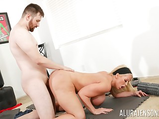 Big ass cougar leaves young trainer to demolish their way vag
