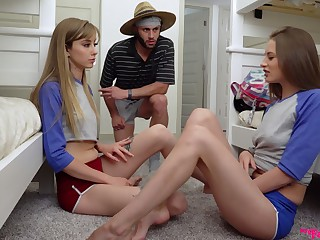 Psych jargon exceptional hostel girl Kyler Quinn is steal to share cock be incumbent on fantastic threesome