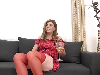 Iweta is a slutty, grown up woman regarding red stockings, who really likes to shot at serendipitous sex