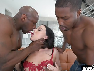 Wild hardcore interracial MMF threesome with versatile whore Whitney Wright