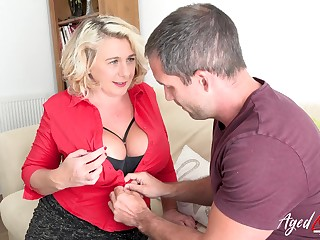 Busty blonde british mature with eminent sincere tits enjoying hard verge on sex with at one's fingertips stud