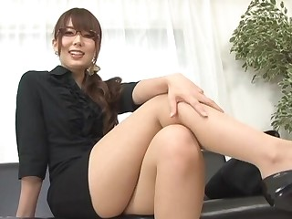 Nice tits Yui Hatano enjoys badinage burnish apply camera and playing with toys