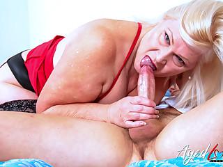 AgedLovE British Mature Got Herself New Lover
