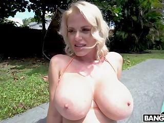 Closeup POV video of sloppy blowjob by blonde MILF Casca Akashova
